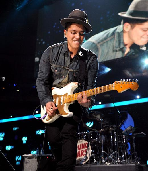 /nick-assets/blogs/images/kids-choice-awards/bruno-hometown.jpg