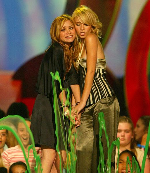 /nick-assets/blogs/images/kids-choice-awards/olsens-slimed-1.jpg