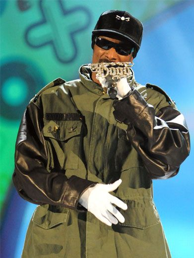 Out Of the Loop Snoop|Here's Snoop Dogg before getting socked with slime. He has no idea what's coming! Hehehe.