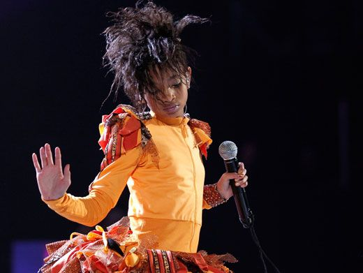 Talk to the Hand|Willow Smith won't tolerate any whining while whipping wigs.