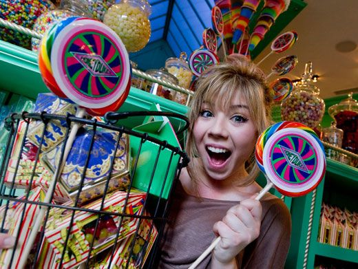 Candy Crazy|Talk about a sugar rush! Jennette McCurdy goes bonkers in the land of lollipops.
