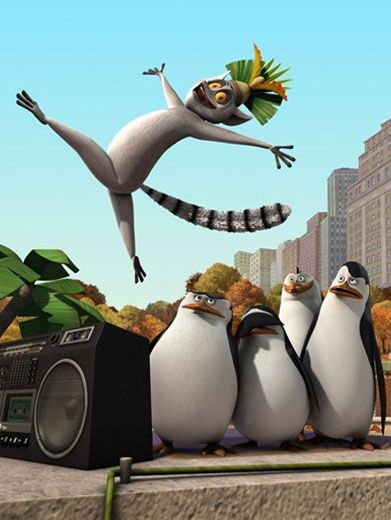Crazy King|King Julien is known for being the silliest lemur at the Central Park Zoo. Just look at his maniac moves!