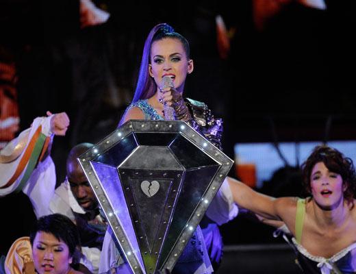Blog Image: Katy Perry Performs at KCA 2012 2