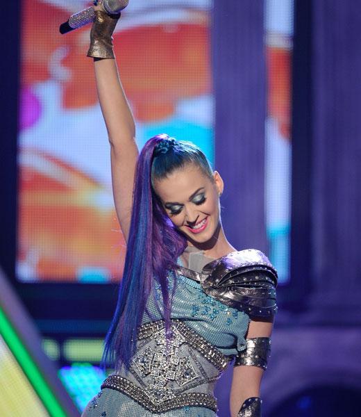Blog Image: Katy Perry Performs at KCA 2012 1