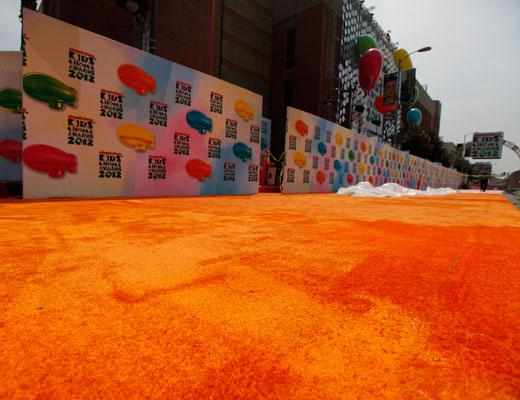 /nick-assets/shows/images/kids-choice-awards-2012/blogs-2/orange-carpet-1/orange-carpet-1.jpg
