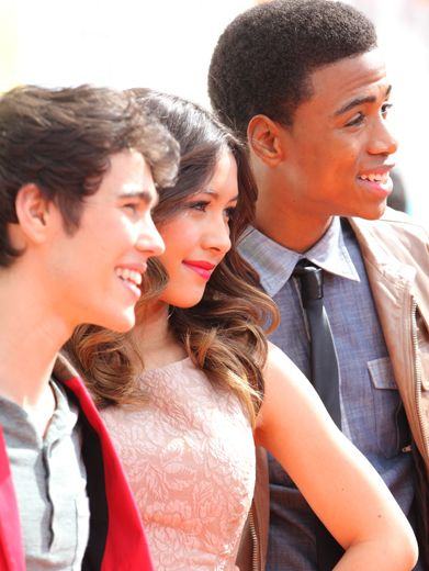KCA 2012: How To Rock|Even in profile, Max Schneider, Lulu Antariksa and Chris O'neal sure know how to rock the camera!
