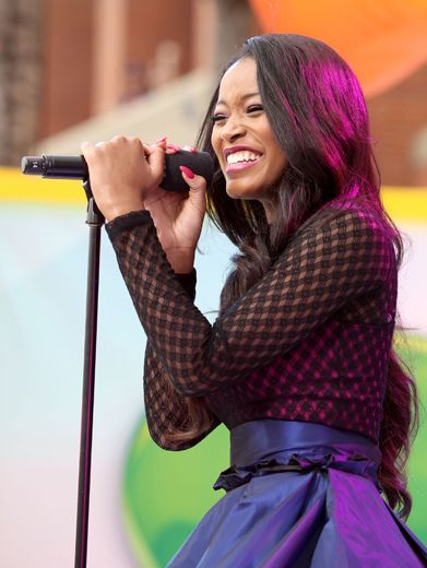 KCA 2012: Keke Palmer Performs!|Keke Palmer stole the Orange Carpet show as she performed two songs from her upcoming movie,
