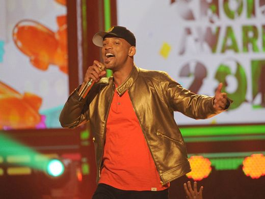 KCA 2012: Killer MC|We think it's safe to say that Will had more energy than some of the fans did! This KCA host kept the party going with his awesome MC skills!