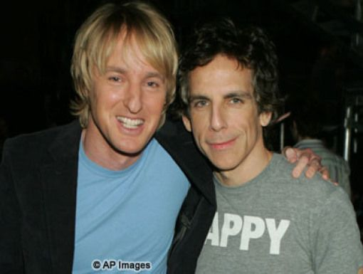 Owen Wilson & Ben Stiller|Funny guys Owen & Ben pose for pics after presenting the Fave TV Show blimp.