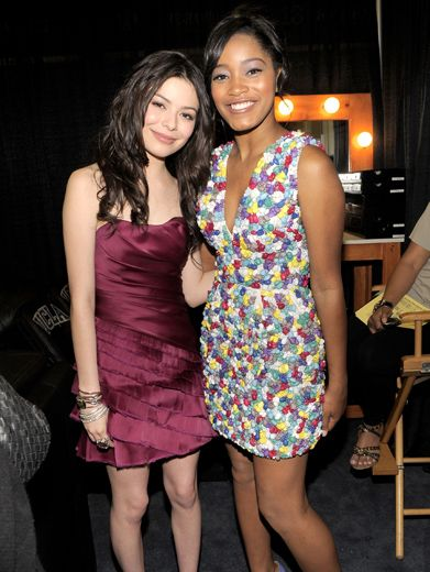 Miranda Cosgrove & Keke Palmer|Two huge Nick stars (and KCA nominees!) prepare for the great honor of introducing First Lady Michelle Obama.