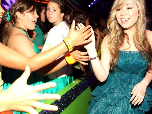 Jennette McCurdy|Her fans know her as Sam, the hyperactive co-host of Nick hit iCarly. Here she shakes their hands to thank them for their votes.