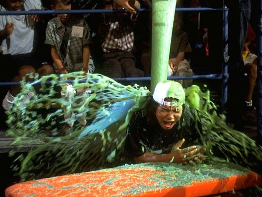 Green Queen|Queen Latifah gets only the royal slime treatment at the '96 KCAs.