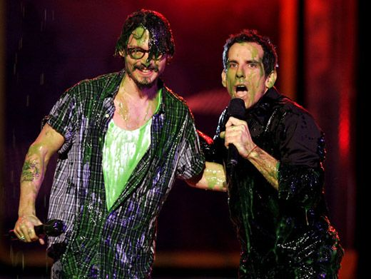 Captain Slime Sparrow|Johnny Depp & host Ben Stiller = slimiest odd couple ever at the '05 KCAs.