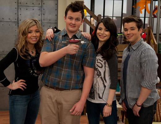 /nick-assets/shows/images/star411/blogs-3/icarly-tour-1.jpg