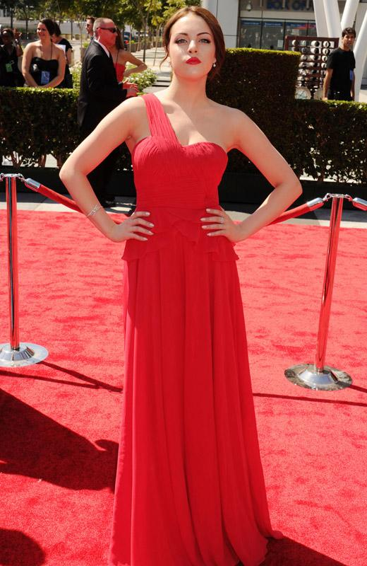 /nick-assets/shows/images/star411/blogs-3/victorious-emmys-dress-2a.jpg