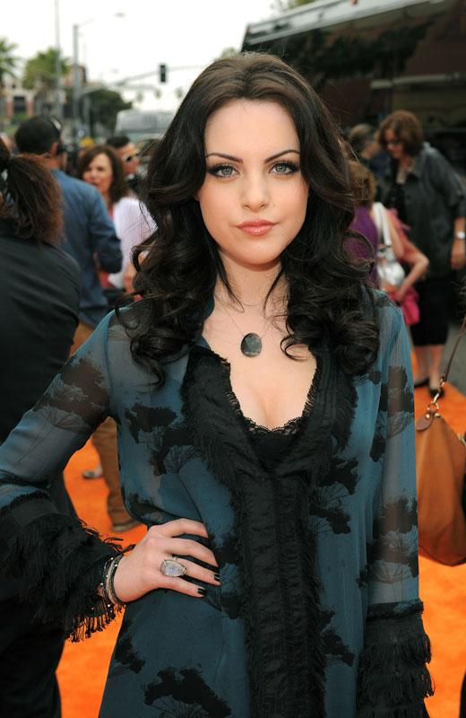 /nick-assets/shows/images/star411/blogs/images/liz-gillies-talks-victoria.jpg