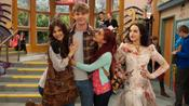 Victorious: Three Girls And A Moose pictures